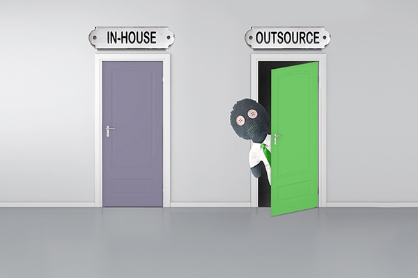PPC: In-House or Outsourced? How to Choose The Best Option For You
